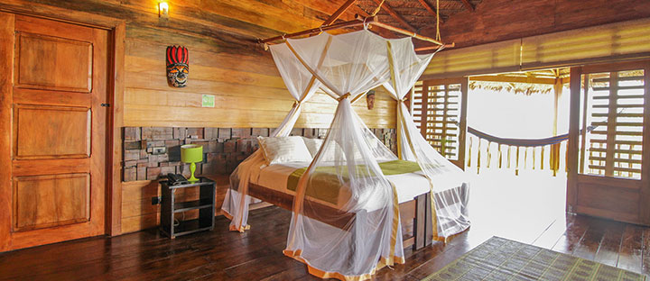 On Vacation - Hotel Amazon